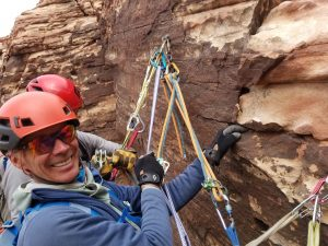photo-2_-art-mooney-on-rappel-on-community-pillar